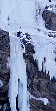 Ice climbing in the Freissinières valley